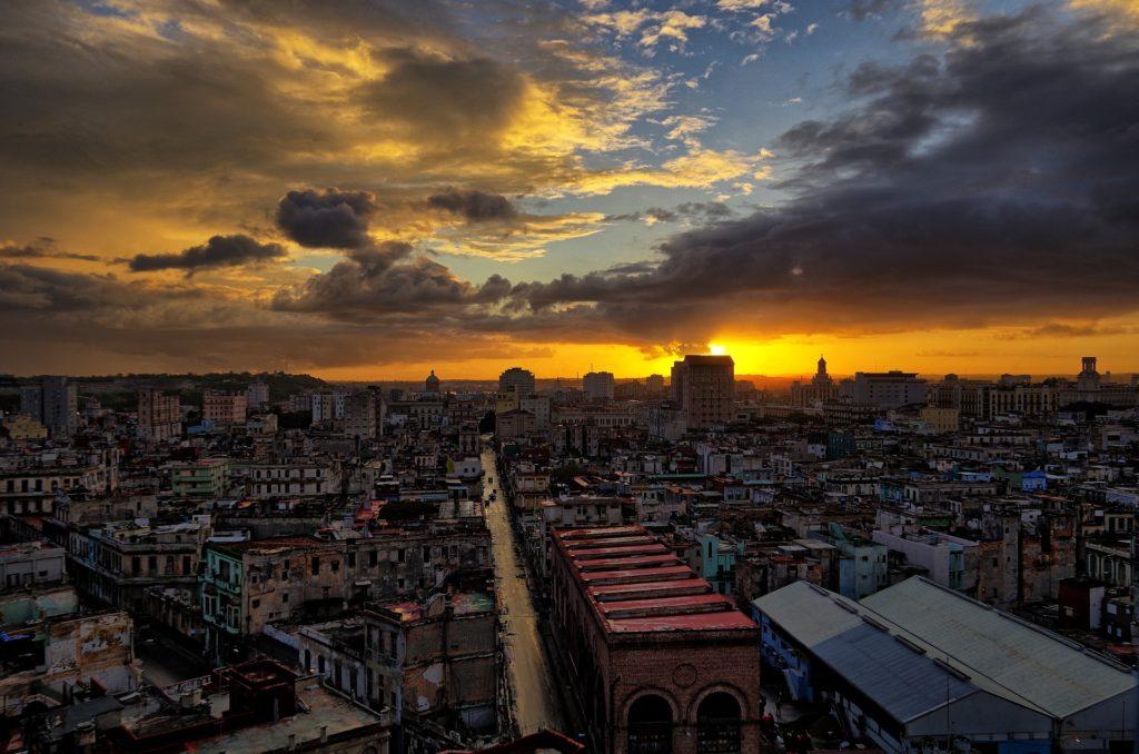 Zachód słońca nad Kubą